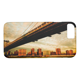 The Manhattan bridge view from Brooklyn side (NYC) iPhone 8/7 Case