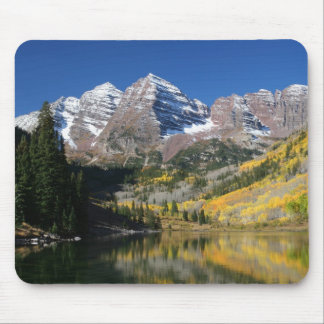 The Maroon Bells in the fall... Mouse Pad
