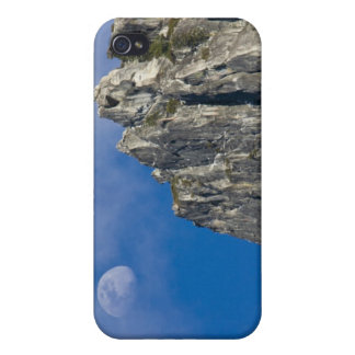 The moon rises and shines through the clouds iPhone 4/4S cover