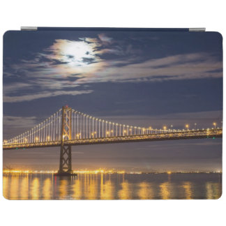 The moonrise tonight over the Bay Bridge iPad Cover