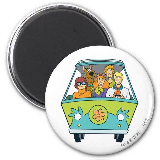 The Mystery Machine Shot 16 6 Cm Round Magnet