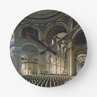 The Nave of St. Paul's Cathedral (photo) Round Clock