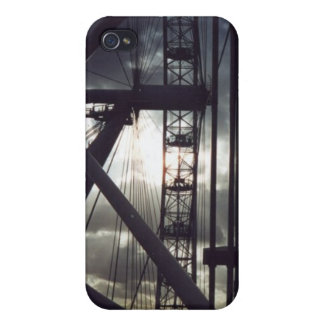 The night eye case for iPhone 4