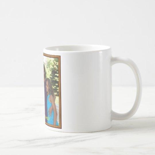 THE OBAMA FAMILY COFFEE MUG