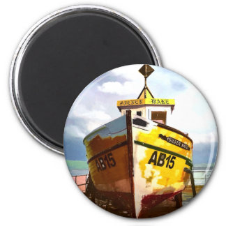 THE OLD FISHING BOAT 6 CM ROUND MAGNET