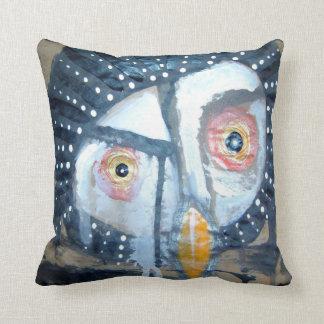the old owl throw cushion