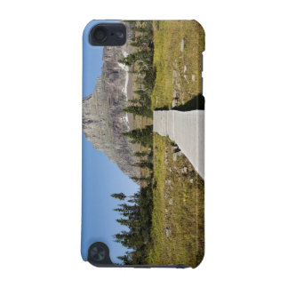 The pathway to the view of Hidden Lake iPod Touch (5th Generation) Case