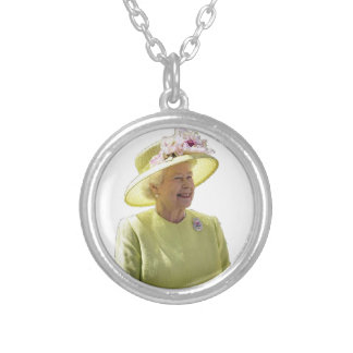 The Queen Necklace