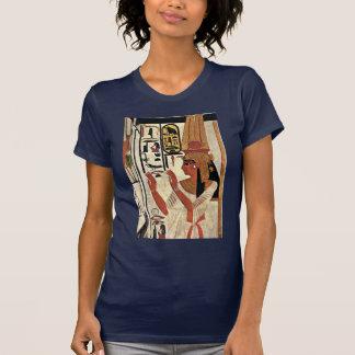 The Queen Nefertari In Prayer Stance By Maler Der T Shirts