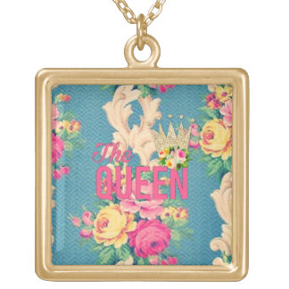 The queen vintage roses necklace