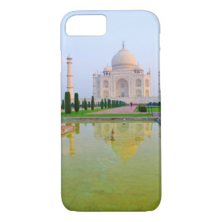 The quiet peaceful World Famous Taj Mahal at iPhone 8/7 Case