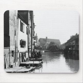 The River Gera at Erfurt, Thiringia, c.1910 Mouse Mat