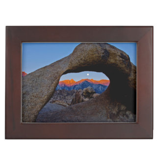 The Scenic Alabama Hills Nestled Keepsake Box