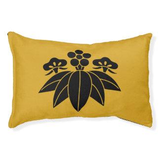 The Shochiku Co., Ltd. plum autumn bellflower Pet Bed