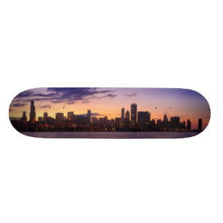 The sun sets over the Chicago skyline 21.3 Cm Mini Skateboard Deck