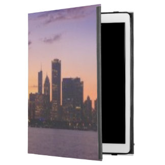 """The sun sets over the Chicago skyline iPad Pro 12.9"""" Case"""