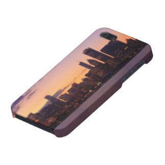 The sun sets over the Chicago skyline iPhone 5 Case