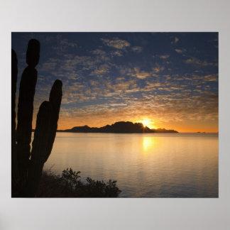 The sunrise over Isla Danzante in the Gulf of Print