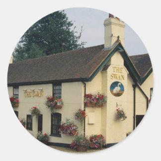 The Swan Inn, Swan Green, Lyndhurst, Hampshire, U. Round Sticker