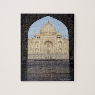 the Taj Mahal framed in the Mehmankhana doorway Jigsaw Puzzle
