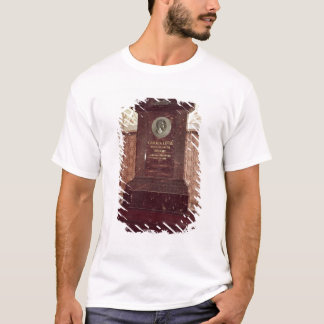 The tomb of Carl Linnaeus T-Shirt