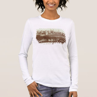 The Tower of London (sepia photo) Long Sleeve T-Shirt