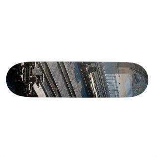 the train and tracks 20 cm skateboard deck