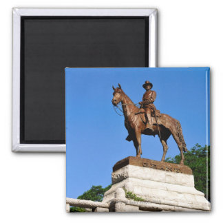 The Ulysses S. Grant statue atop the Grant Square Magnet