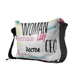 THE WOMAN MESSENGER BAG  (L/pink trim/multi)