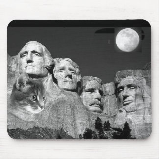 There's a Kitty on Mount Rushmore! Mouse Mat
