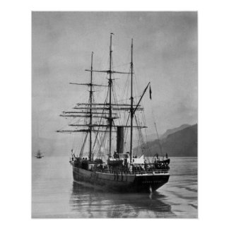 TheTerra Nova sailed by Scott Poster