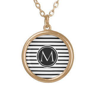 Thin Stripes Pattern Round Pendant Necklace