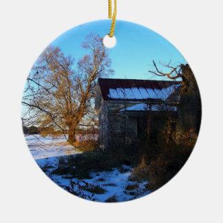 Things Past -- North Carolina Snow Scene Round Ceramic Decoration