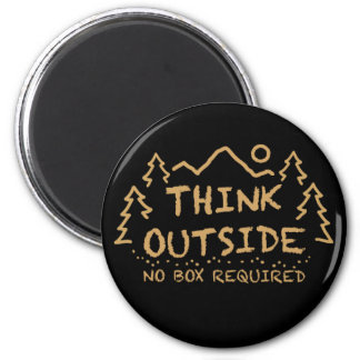 Think Outside, No Box Required 6 Cm Round Magnet