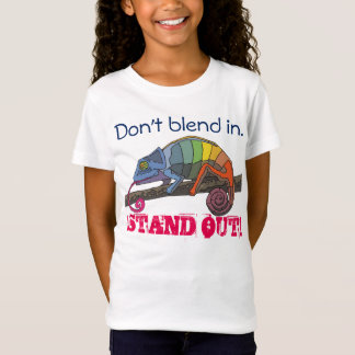 This chameleon doesn't blend in... T-Shirt
