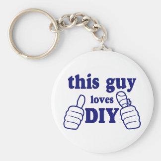 This Guy Loves DIY Basic Round Button Key Ring