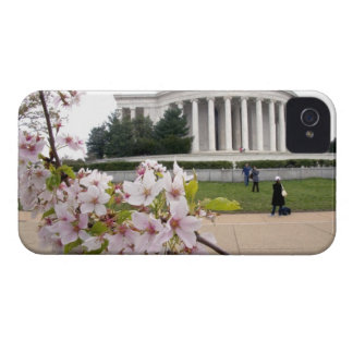 Thomas Jefferson Memorial with cherry blossoms Case-Mate iPhone 4 Case
