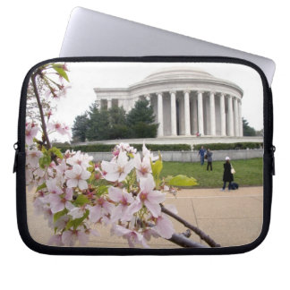 Thomas Jefferson Memorial with cherry blossoms Laptop Computer Sleeve