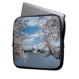 Thomas Jefferson Memorial with Cherry Blossoms Computer Sleeve
