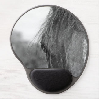 thoroughbred b/w gel mouse pad