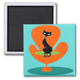 Thoroughly Modern Kitty Magnet