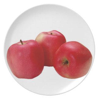 """three apples"" design plates"