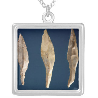 Three arrow heads silver plated necklace