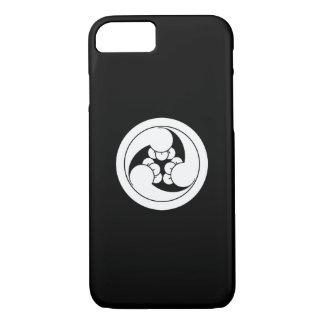 Three clockwise clove swirls in circle iPhone 7 case