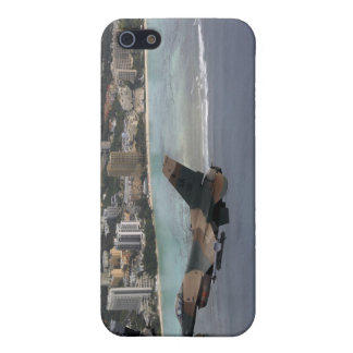 Three F-16 Fighting Falcons fly in formation iPhone 5 Cover