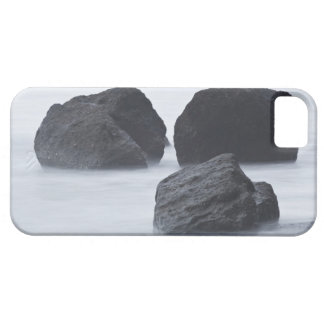 Three large boulders on Ruby Beach, Olympic iPhone 5 Cover