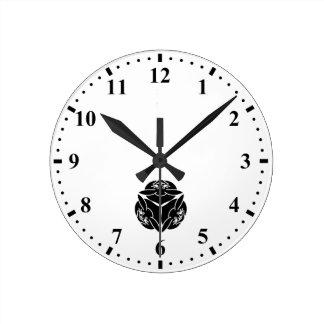 Three rabbits clock
