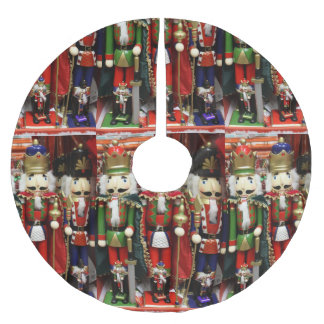 Three Wise Crackers Brushed Polyester Tree Skirt