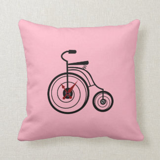 Throw Pillow - Tuti
