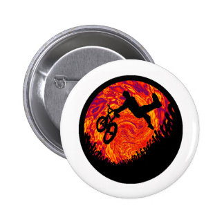 THROWING TAIL WHIPS 6 CM ROUND BADGE